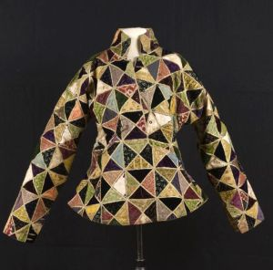 State jacket of the Sultan of Yogyakarta, Hamengku Buwana VII (1877-1921). Java, Indonesia | TropenMuseum Amsterdam