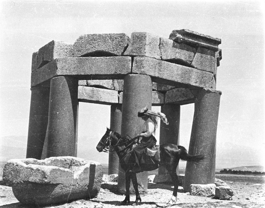 Gertrude Bell on horseback during one of her expeditions.